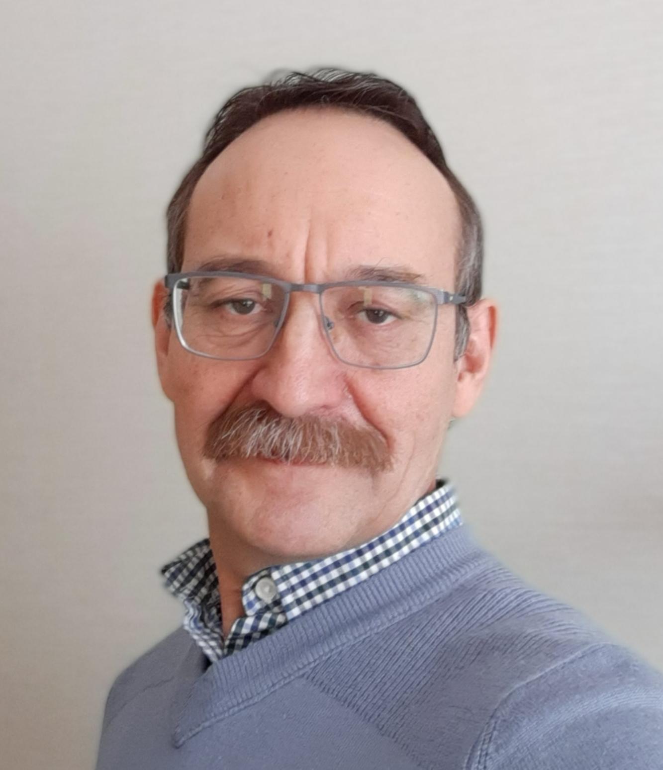 Заведующий лабораторией комплексных проблем гигиены детей и подростковХрамцов Пётр Иванович, д.м.н.,профессор