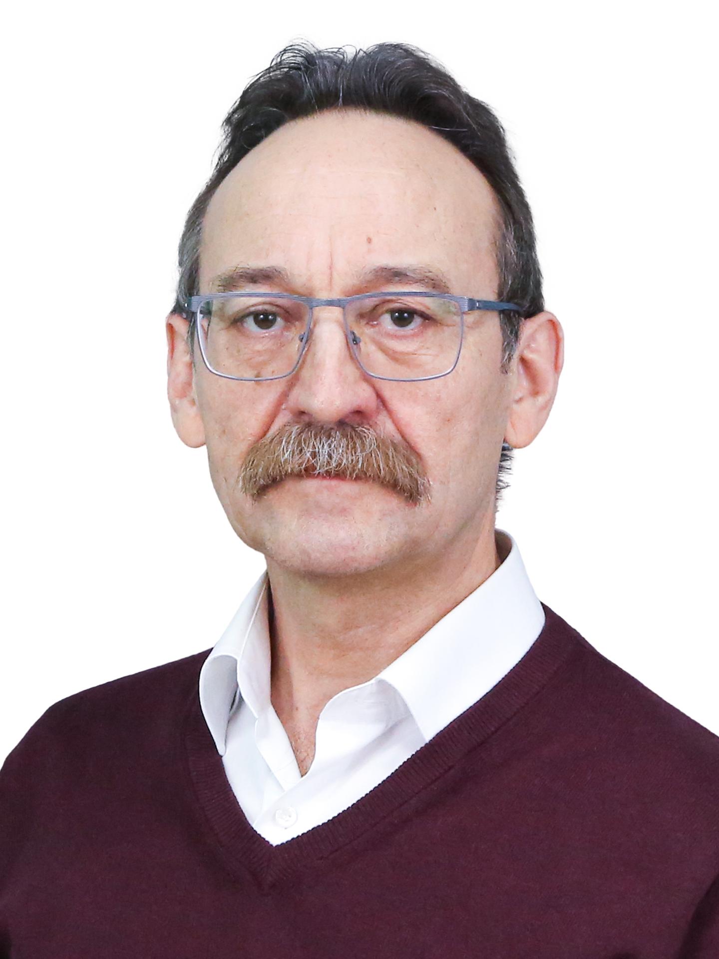 Заведующий лабораторией комплексных проблем гигиены детей и подростковХрамцов Пётр Иванович, д.м.н., профессор